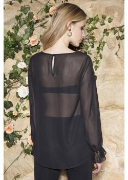 Дамска блуза в черен цвят