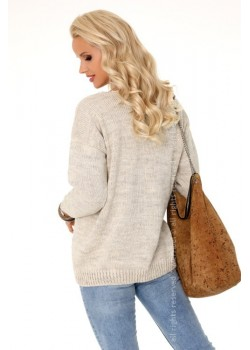 Дамски пуловер в бежов цвят