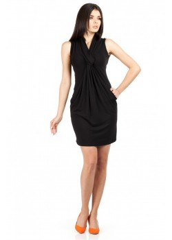 Мини рокля с джобове в черно MOE 078